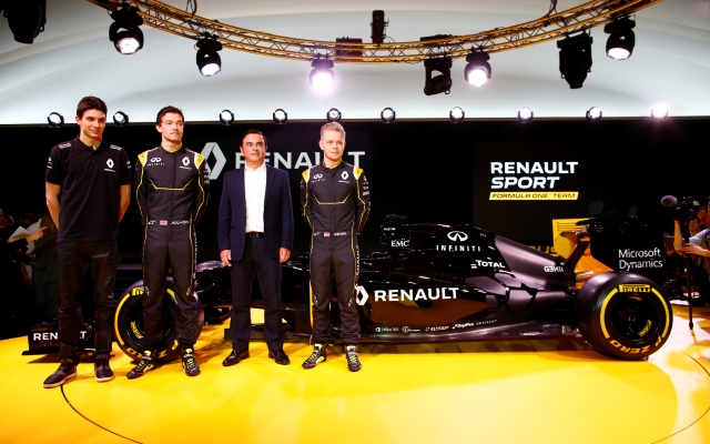 GP3 champion Esteban Ocon has been made reserve driver for the revived Renault Formula 1 team, while four drivers are part of a new academy setup.