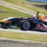Red Bull Junior Richard Verschoor has further extended his Toyota Racing Series advantage with a dominant second win of the weekend at Teretonga.