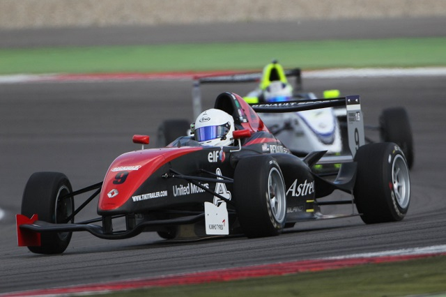 Rump and Geerts remain the only winners of the 2013 FR1.6 NEC season (Photo: Chris Schotanus)
