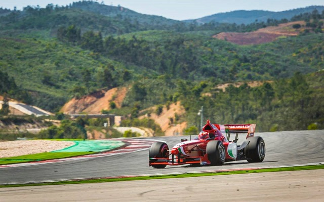 Photo: Formula Acceleration