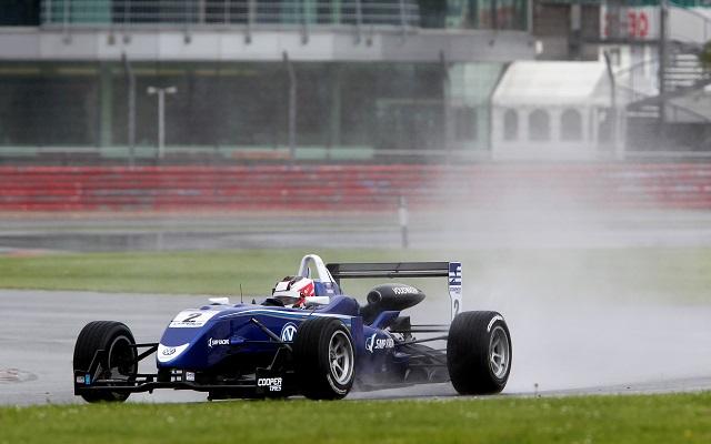 Photo: British F3 International Circuit