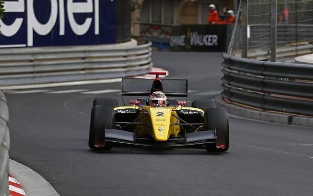 Photo: Gregory Lenormand / DPPI / Renault Sport Media