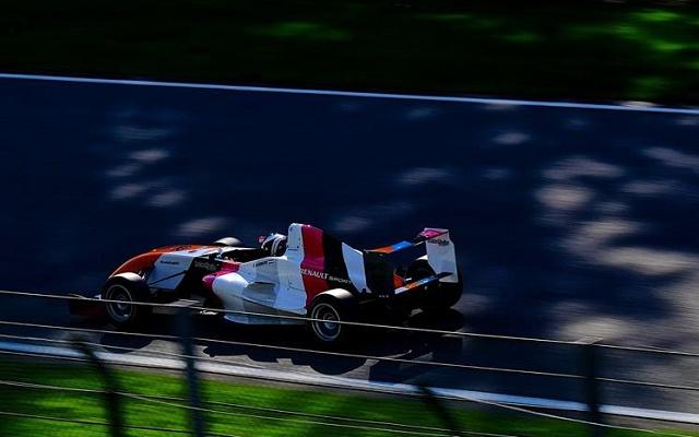 Photo: Formula Renault 1.6 NEC