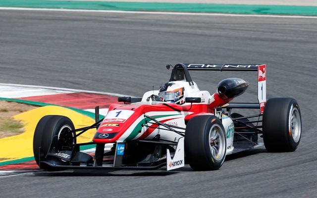 1 Felix Rosenqvist (SWE, Prema Powerteam, Dallara F312 ? Mercedes-Benz), FIA Formula 3 European Championship, round 9, race 1, Portim?o (POR) - 4. - 6. September 2015